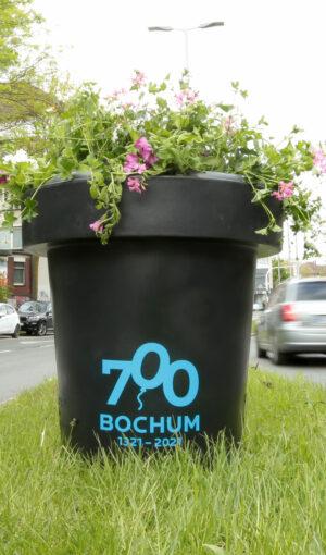 BOMA : Blumenkübel 700 Jahre Bochum